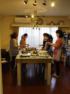 婦人会の集まり_e0167593_1153935.jpg