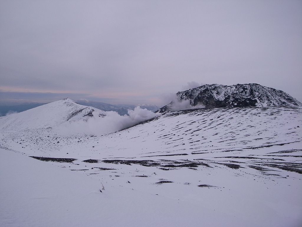 12月20日、樽前山-樽前山東山から西山へ、そして下山-_f0138096_2011979.jpg