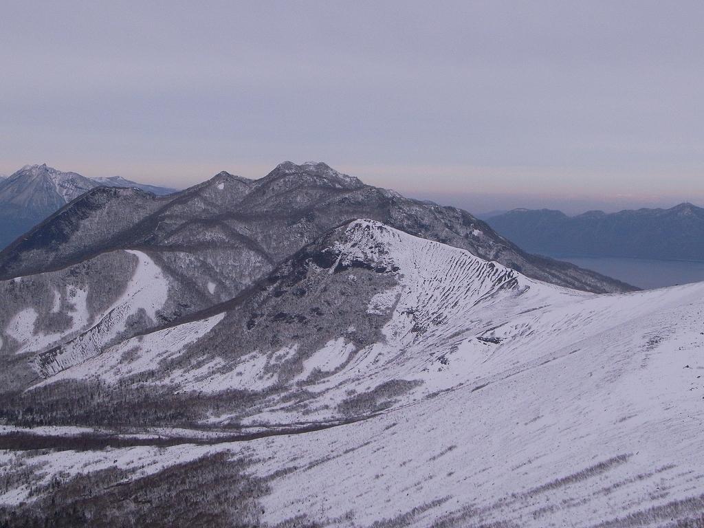 12月20日、樽前山-樽前山東山から西山へ、そして下山-_f0138096_2012269.jpg