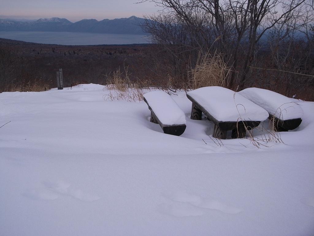 12月20日、樽前山-樽前山東山から西山へ、そして下山-_f0138096_20123350.jpg