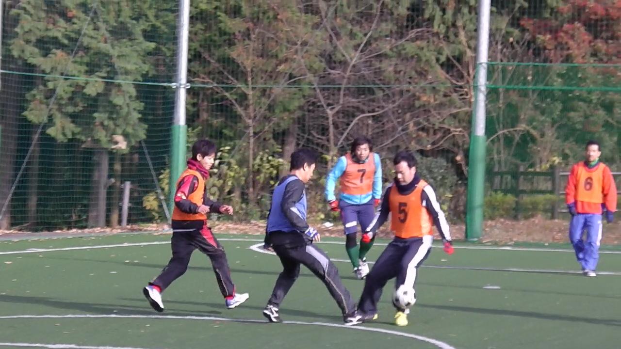 ゆるUNO 12/21(土) at 男山レク_a0059812_1337100.jpg