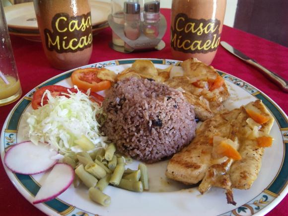 blog;サンティアゴの家庭料理レストラン_a0103940_11044598.jpg