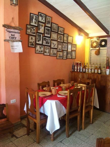 blog;サンティアゴの家庭料理レストラン_a0103940_11072561.jpg
