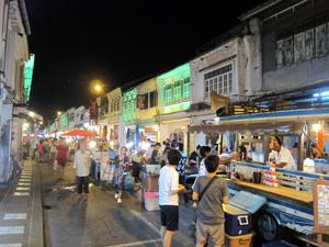 バングラ通りとは一味違う歩行天☆_f0144385_14421418.jpg