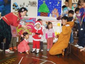 楽しいクリスマス会_d0322102_1543836.jpg