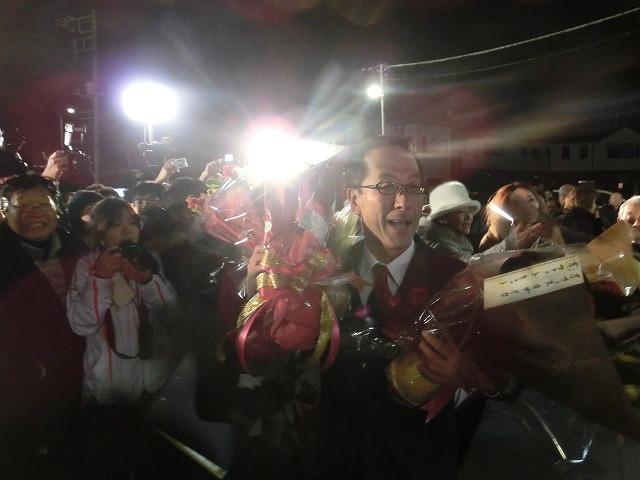 小長井陣営が勝った! 富士市長選挙_f0141310_8144730.jpg