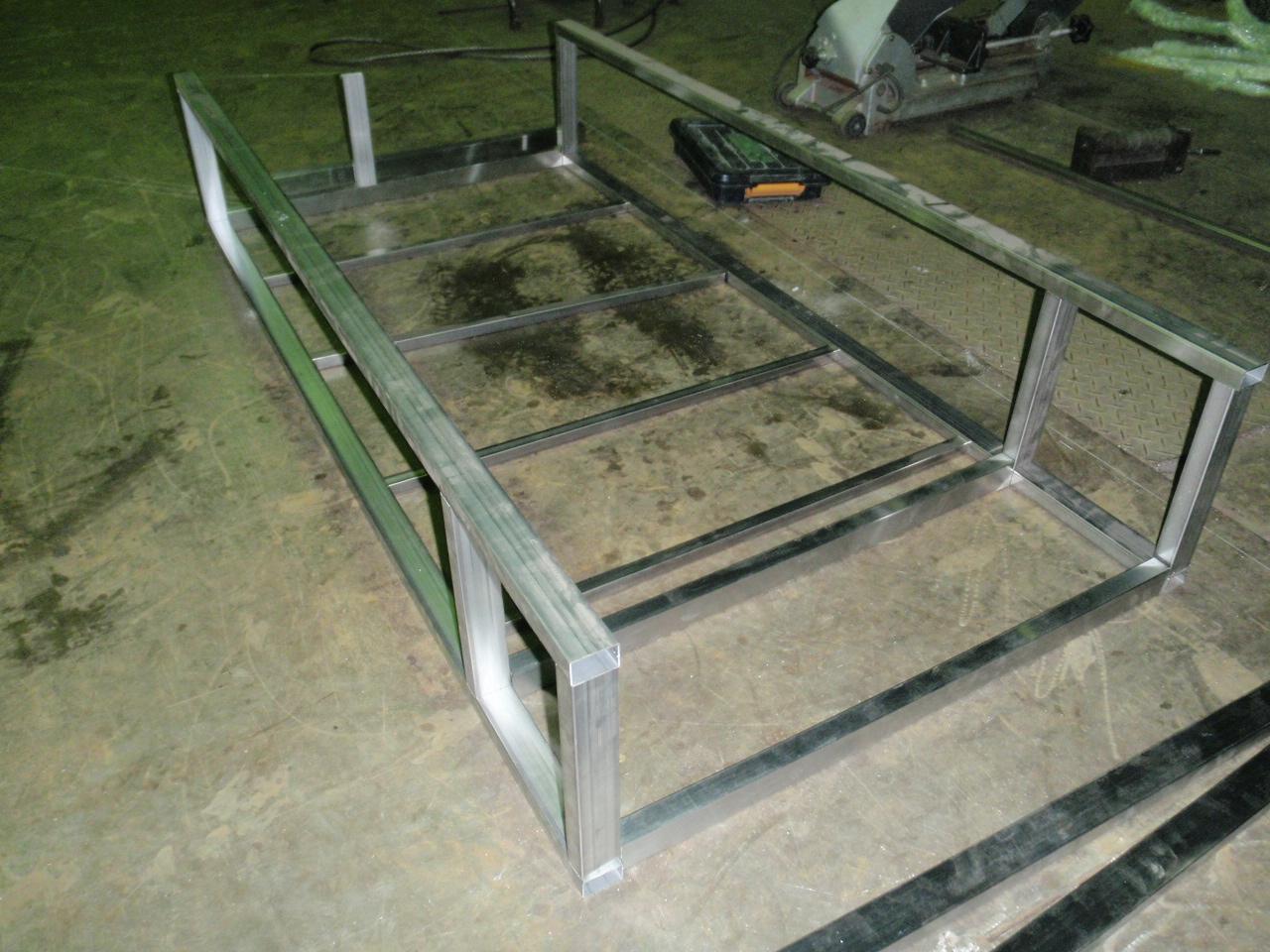 トラック荷台の収納棚製作_a0210112_18434079.jpg