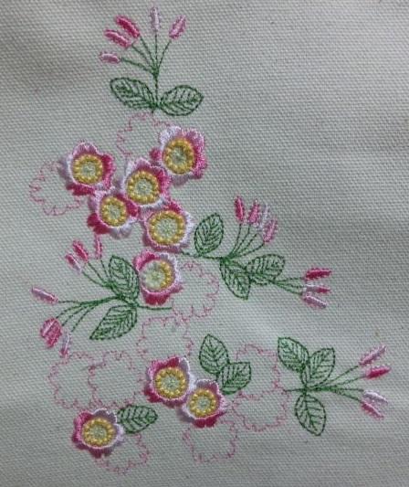 桜の刺繍_c0316026_21383003.jpg