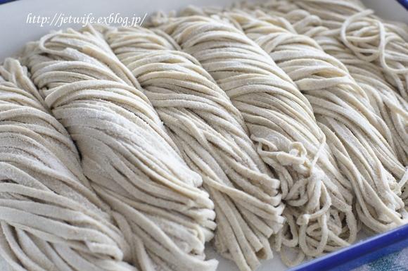 新蕎麦を打つ_a0254243_333635.jpg