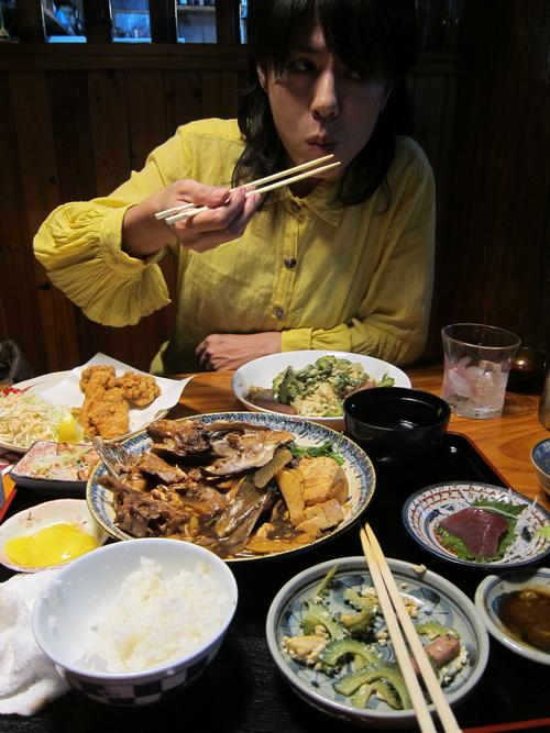 Best fish restaurant on Yomitan._c0153966_104754.jpg