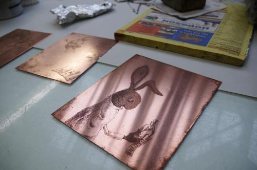 グランビルアイランドで日本人銅版画作家の作品と出会う♪_d0129786_15233922.jpg