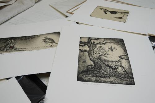 グランビルアイランドで日本人銅版画作家の作品と出会う♪_d0129786_15425117.jpg