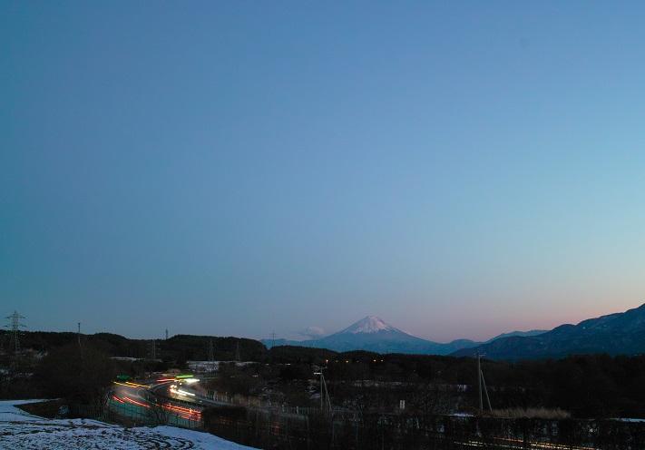 夕暮れの葛窪富士山 ~信濃路冨嶽百景その24~_f0163491_18114829.jpg