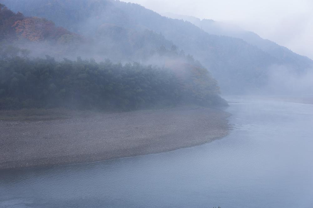 霧の中_b0074098_1842364.jpg