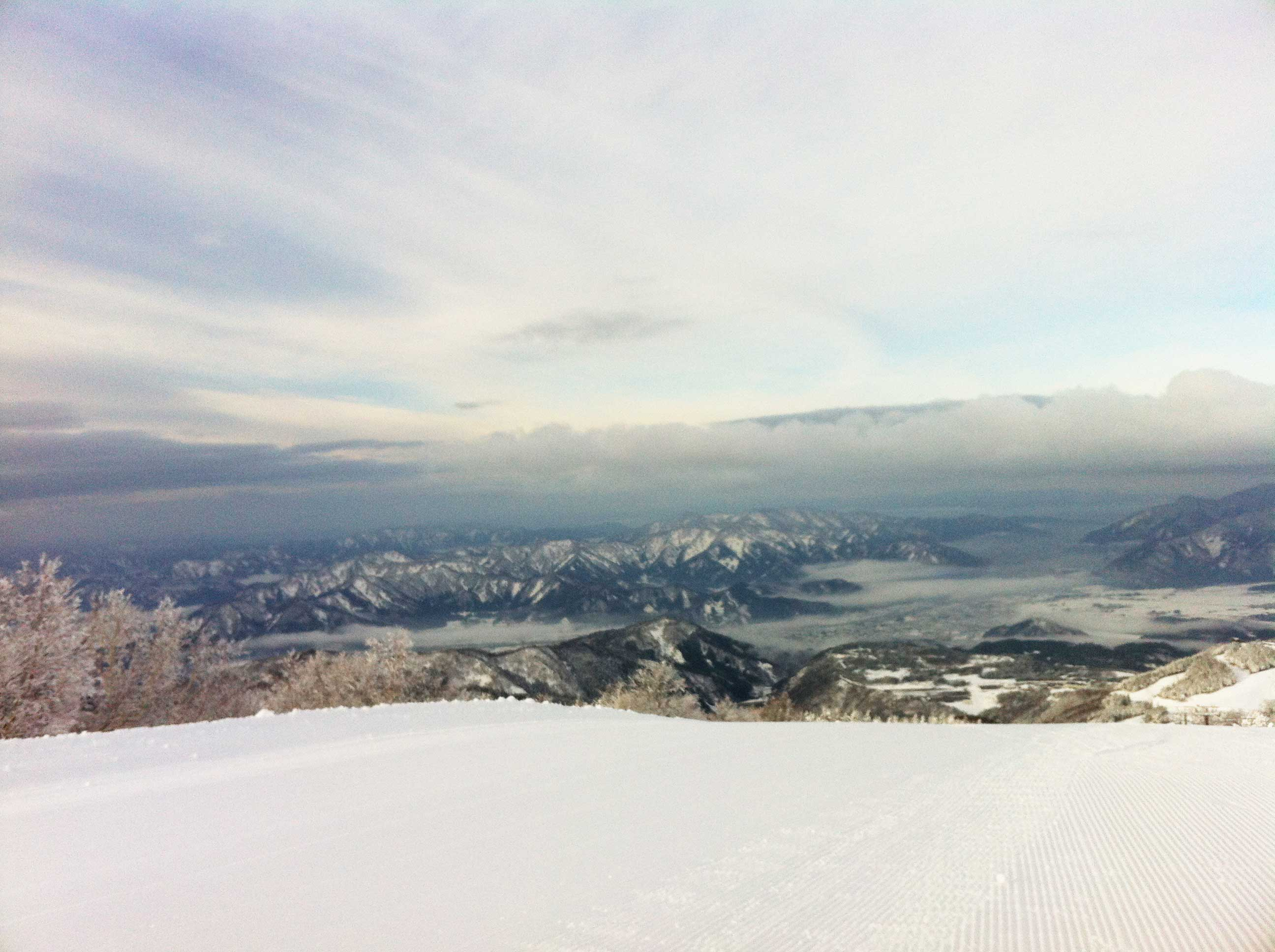 First snowboarding of the season_a0059209_1303738.jpg
