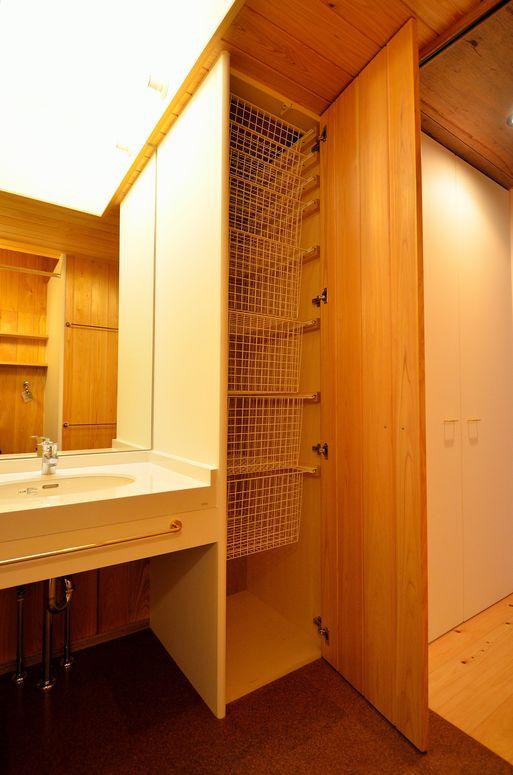 Fさんの家 「とりあえず」完成(6) 洗面・浴室_a0039934_17394444.jpg