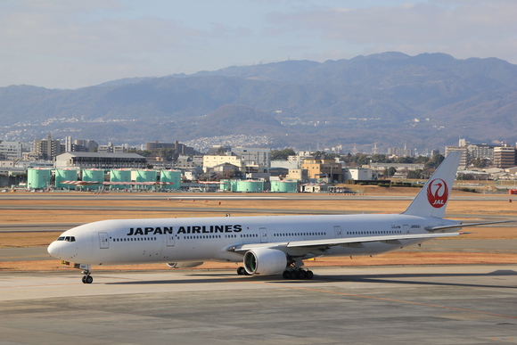 2013年 年の瀬 伊丹空港_d0202264_881284.jpg