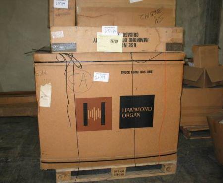 可哀そうなハモンドオルガン B-3 1973年製造 新品未開梱 _a0163788_213481.jpg