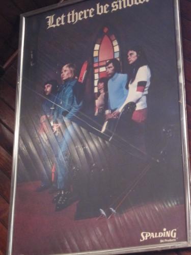 スキーショップの古いポスターに、歴史あり・・_d0240098_22092439.jpg