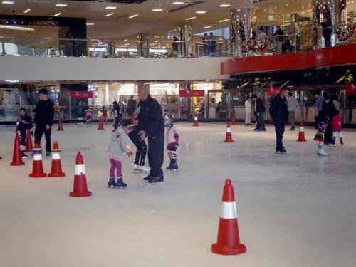 子供たちの太古でのスケートレッスンとスケートショー_e0123104_15411545.jpg