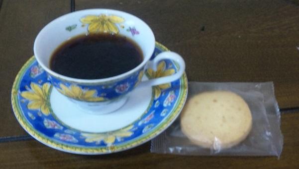 珍しいコーヒーと、女の子の刺繍♪_c0316026_21030532.jpg