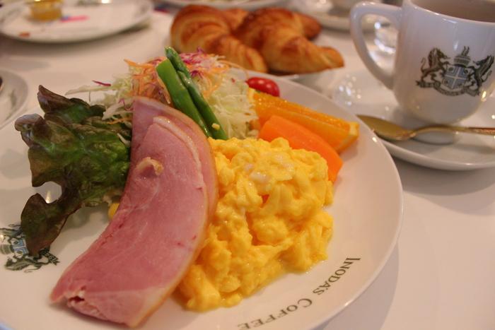 京の朝食_e0232054_2292794.jpg