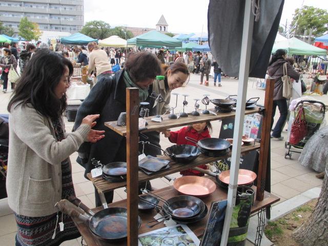 神戸湊川公園手しごと市12月28日_e0292359_1043625.jpg