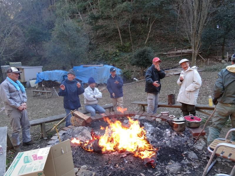 孝子の森で望年会_c0108460_23585030.jpg