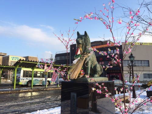 大館駅前の風景_e0162117_16385025.jpg