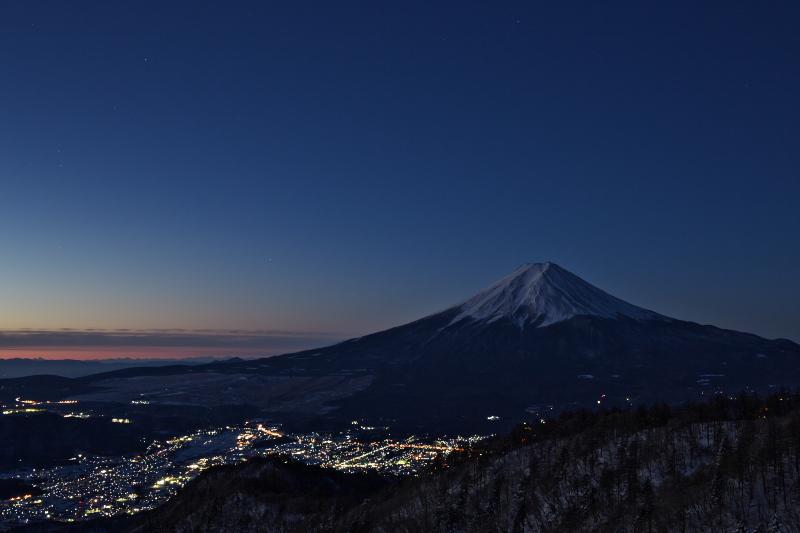 夜明けの富士山 _c0167028_10163033.jpg