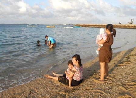 サヌールには11のビーチがあります_d0083068_15442962.jpg