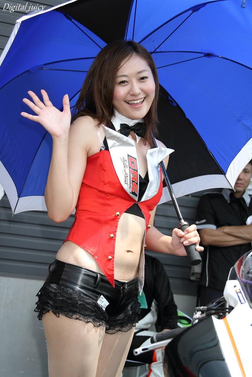 Maaya さん(GBSレーシング レースクイーン)_c0216181_1829031.jpg