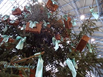 F&Mのクリスマスツリー@St Pancras_f0238789_11949.jpg