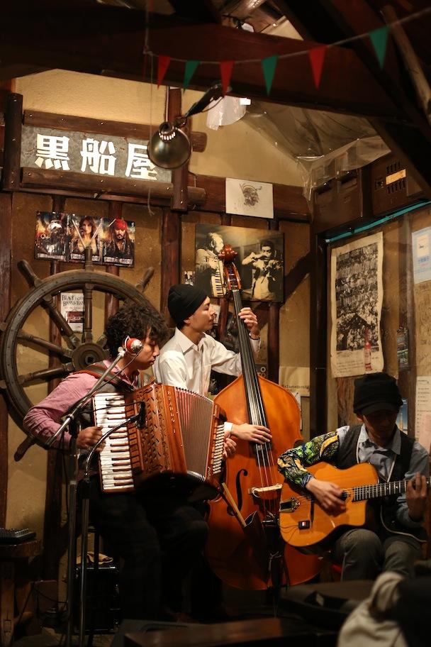 "\""Rue de Valse\"" Shikoku Tour TAKAMATSU in 黒船屋_d0081605_258733.jpg"