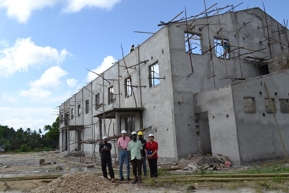 The construction of Pemba Budokan -15- inspection by Ambassador~ペンバ武道館建設・日本大使の視察_a0088841_22491898.jpg