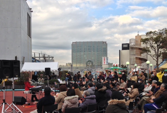 東京タワーclub333、東急プラザ蒲田Xmasコンサートありがとう!_e0261371_14041662.jpg