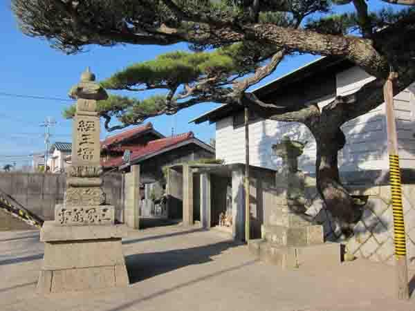 龍泉寺(りょうせんじ)_a0045381_18271387.jpg