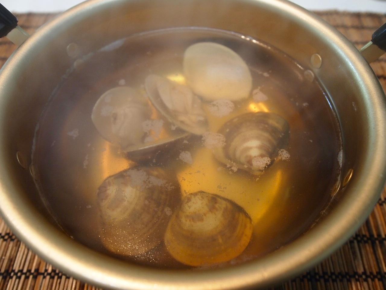 蛤とわかめ鍋_a0258686_14214386.jpg