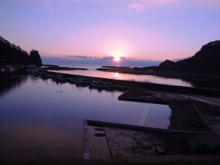 小本漁港の夜明け~2014年、本格復興に向けて_b0206037_8555086.jpg