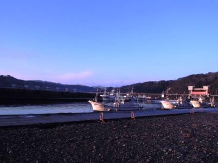 小本漁港の夜明け~2014年、本格復興に向けて_b0206037_923779.jpg