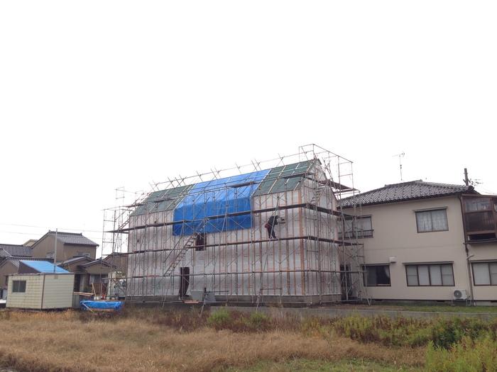 連続する屋根のカタチ_e0189939_2255766.jpg