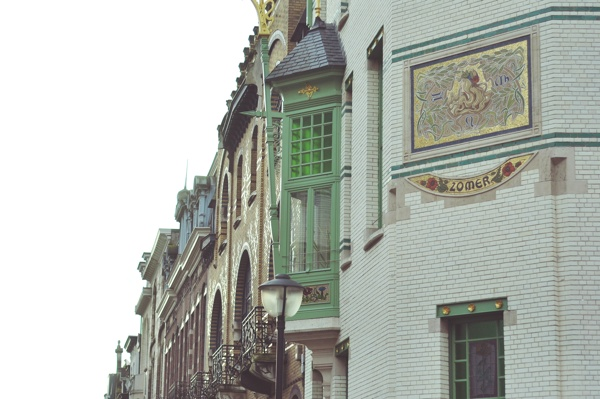 Holiday in Antwerp : Cogels Osylei, Waterloostraat_c0046163_873483.jpg