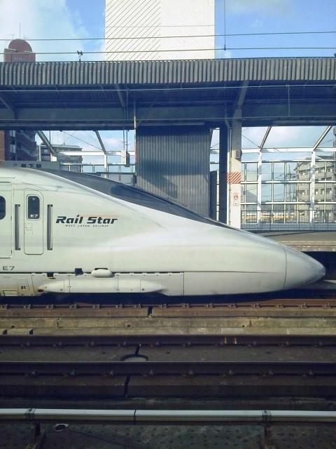 新幹線好きにはたまらない座席_b0081121_725361.jpg
