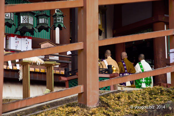 Buddhist monk worship KAMI. 春日大社へ興福寺僧が「社参」_e0245846_14511361.jpg