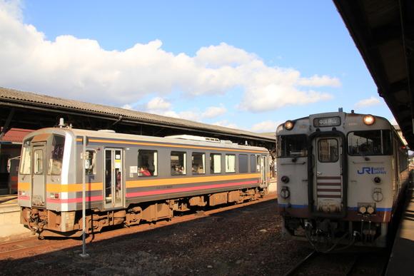 JR津山駅 到着!_d0202264_538325.jpg