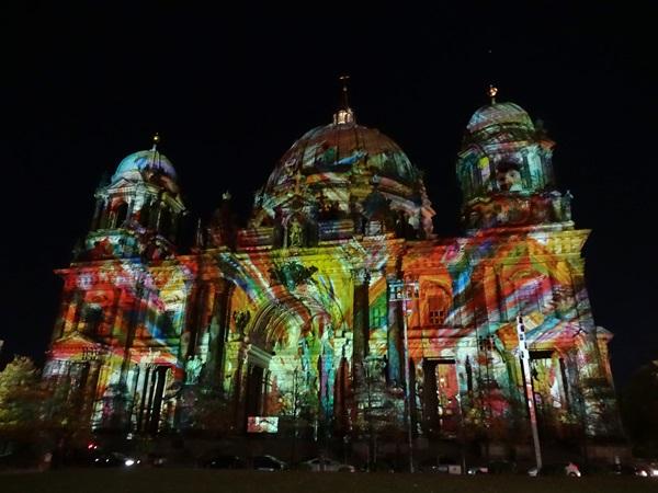 Festival of Lights(ベルリン,ドイツ)_e0182138_22385442.jpg