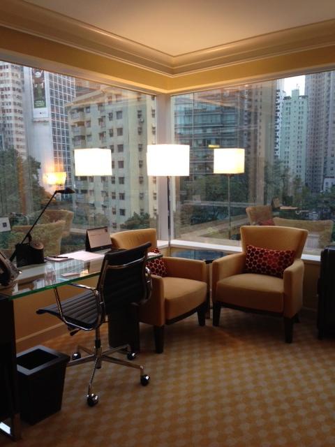 今回のホテルはJWマリオットホテル。_c0175022_1272690.jpg
