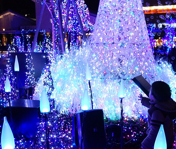 テラスモール湘南のクリスマスイルミネーション2013_b0145398_2059091.jpg