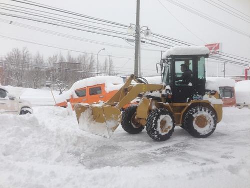 東京オートサロン準備の予定が除雪始めに、明寿ブログ、ランクル200ディーゼル_b0127002_20175893.jpg