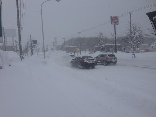 東京オートサロン準備の予定が除雪始めに、明寿ブログ、ランクル200ディーゼル_b0127002_20211367.jpg